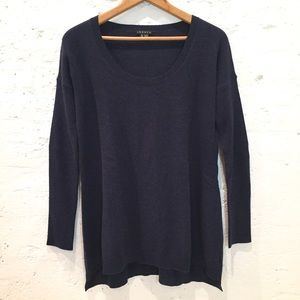 Theory 100% cashmere navy blue sweater tunic